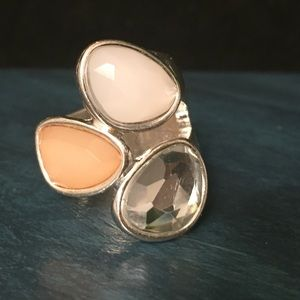 FASHION RING NWOT